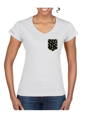 devant du t-shirt à poche pour femme